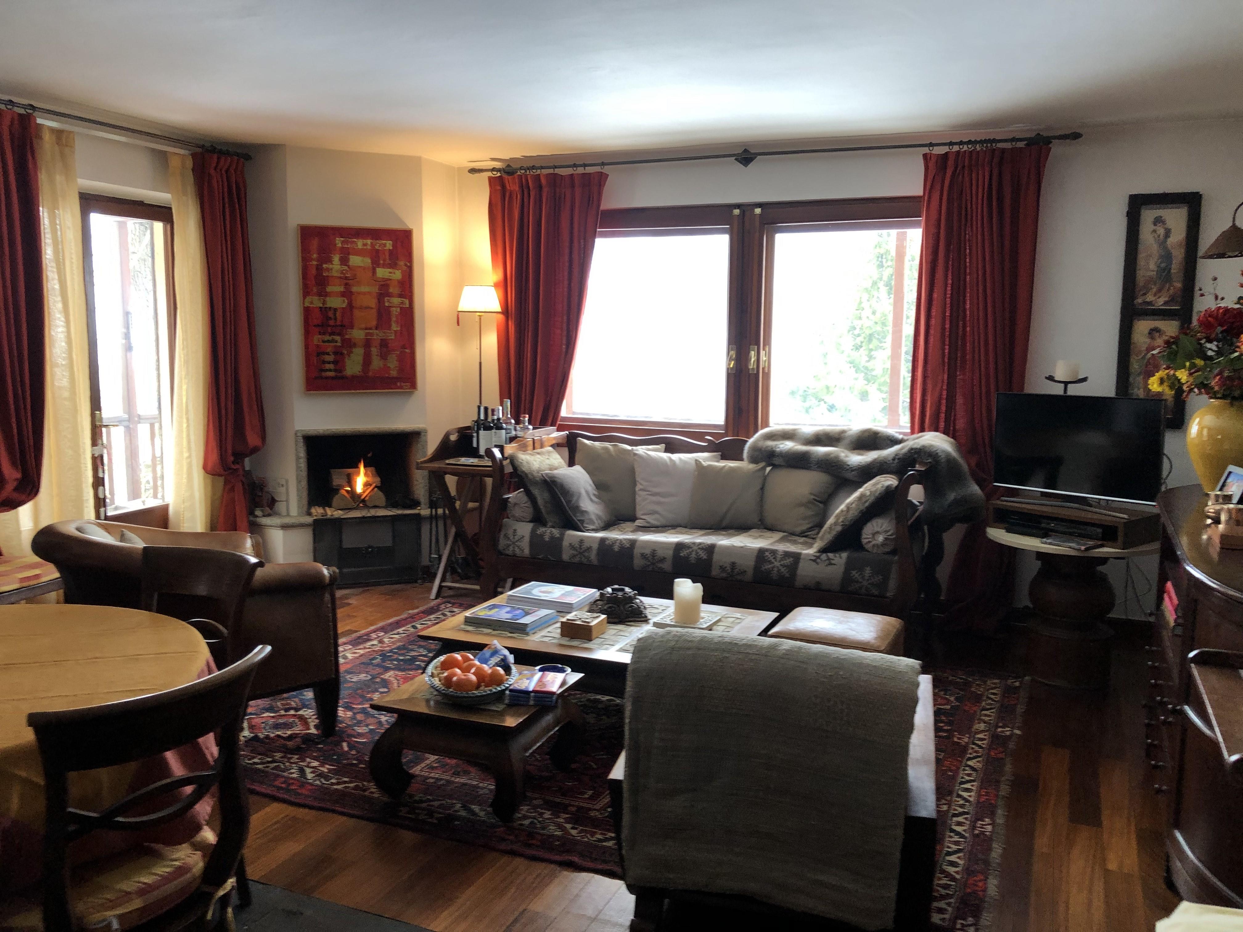 Courmayeur Entreves appartamento piano secondo splendida vista
